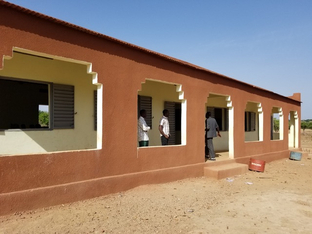 Wigigo The Gift of Giving - charity school in NOLABOUGOU FINISHED 6